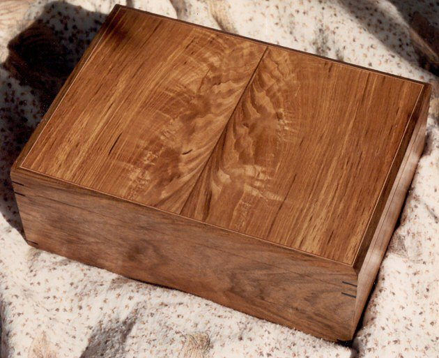 Olive Ash/Walnut Jewellery Box